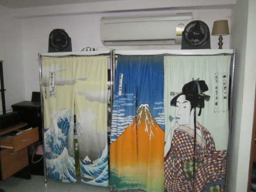 Ukiyo-e Noren Curtains at Daiso 6