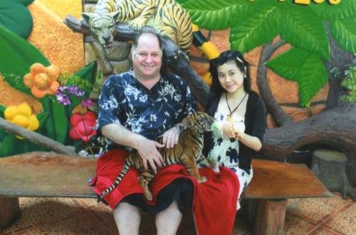 1Hugh Fox & Tiger Cub