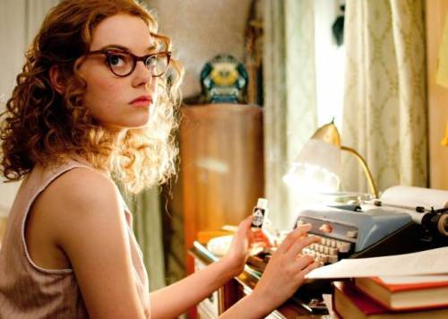 1Emma Stone as Eugenia Skeeter Phelan