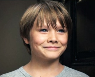 2Dakota Goyo as Max Kenton