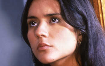 1 Catalina Sandino Moreno as Maria