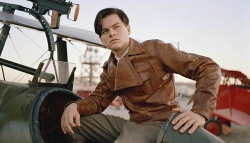 1Leonardo DiCaprio as Howard Hughes